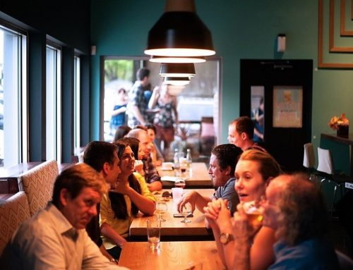 CATANIA: recitazione dilettantistica? no, ristorazione commerciale in una associazione.